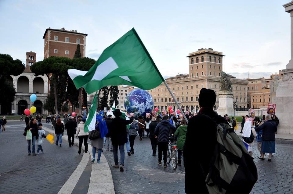 """Roma 25 marzo 2017 p. v.: """"Marcia per l'Europa"""" Mobilitazione_per_la_cop_21_di_parigi_2015_13_20151201_1455264705"""